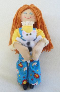Such a cute freckleface doll.  She even has a kitty! Handmade Toy by JoellesDolls, $30.00