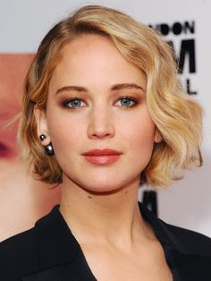 The Best Celebrity Bobs of 2014  http://www.goodhousekeeping.com/beauty/hair/bob-haircuts#slide-1