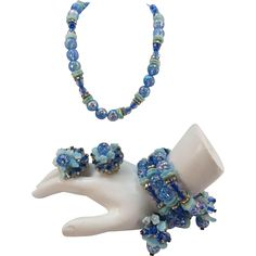 VINTAGE Hobe' Parure Beautiful Blues Flowers and Rhinestones  Necklace, Bracelet and Earrings