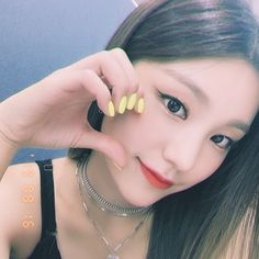 Find images and videos about kpop, itzy and yeji on We Heart It - the app to get lost in what you love. Rapper, New Girl, Daniel Wellington, Kpop Girls, Korean Girl, Girl Group, Cool Girl, Chokers, Pearl Earrings