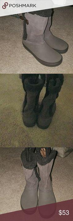 Crocs size 8 brown  boots (brand new) Super cute calf high comfy croc boots CROCS Shoes Winter & Rain Boots