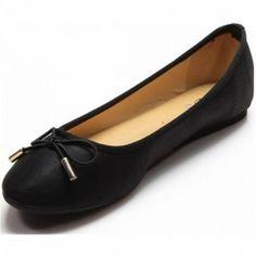 #Ballerinas ein unverzichtbarer Partner an unseren Füßen. Ob im Büro oder im Alltag. Diese Ballerinas verpassen Ihrem Look den letzten Schliff. Dieses Modell überzeugt durch einen klassischen Schnitt und eine kleine Schleife über der Kappe.  Unser Preis: 10,50 €