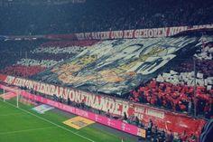 I tifosi del Bayern Monaco e il messaggio lanciato dagli spalti http://tuttacronaca.wordpress.com/2014/02/05/i-tifosi-del-bayern-monaco-e-il-messaggio-lanciato-dagli-spalti/