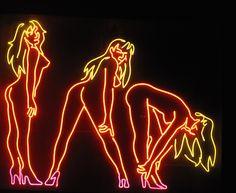 Neons de Stripclubs mundo afora