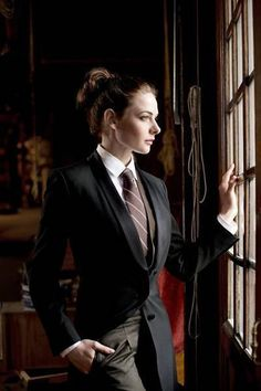 This is a fan run site for the Swedish actress, Rebecca Ferguson. Rebecca is most well known for her. Queer Fashion, Androgynous Fashion, Tomboy Fashion, Estilo Tomboy, Tomboy Stil, Rebecca Ferguson, Looks Chic, Suit And Tie, Wedding Suits