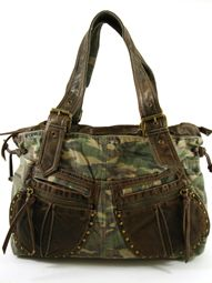 This purse wants to come live at my house!