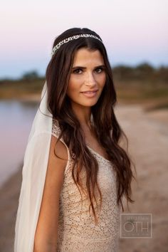 Love the headpiece! Boho Montauk rehearsal dinner + wedding: http://www.stylemepretty.com/2014/07/23/boho-montauk-rehearsal-dinner-wedding/ | Photography: http://christianothstudio.com/