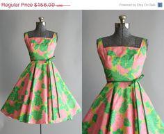 30% Off All Sale Vintage 1950s Dress / 50s by TuesdayRoseVintage