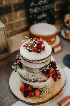 Luxe Wedding at St Stephen's Trust, Deconsecrated Church in Hampstead, London Naked Wedding Cake With Fruit, Wedding Cake Fresh Flowers, Naked Cake, Floral Wedding Cakes, Wedding Cake Rustic, Rustic Cake, Wedding Cake Designs, Luxe Wedding, Floral Cake