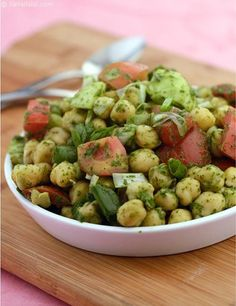 Low Fat Recipes Chick Pea Salad with Mint Dressing recipe, Indian Low Fat Recipes Salad Recipes Healthy Vegetarian, Vegetarian Salad Recipes, Healthy Salads, Healthy Food, Pea Recipes, Indian Food Recipes, Cooking Recipes, Snacks Recipes, Dessert Recipes