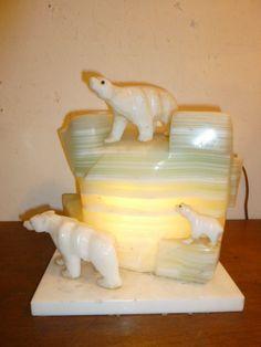 Art Deco onyx marble glacier and polar bears lamp circa 1930s