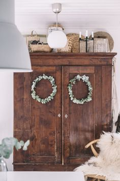 Old Cabinets, Country Interior, Living Spaces, Living Room, Cottage Style Homes, Shabby Vintage, Cool Rooms, Inspired Homes, Interior Design Inspiration