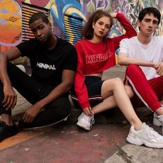 compra colombiano Marca colombiana #Streetwear #trendy #outfit #buyonline #sudaderas  #conjuntos  #accesorios Back To Basics, Cheer Skirts, Joggers, Crop Tops, Instagram, Style, Fashion, Shopping, Urban Street Fashion