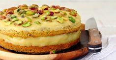 Een pistachenotentaartje met limoncellocrème. Ik zal eerlijk zijn, sommige leden van mijn proefpanel keken een beetje benauwd toen ik...