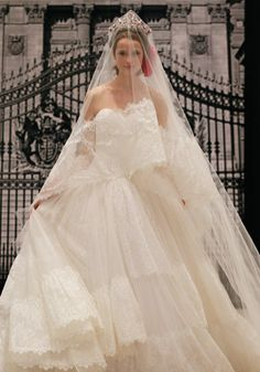 Your Dream Dress offers Authentic Designer Couture Wedding Gowns and Dresses  at discounted prices. We sell Reem Acra bridal gowns and accessories at ... f77e3474b17e