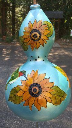 Thunder Gourd: Sun Flowers & Hummingbirds