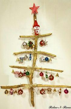 Diy Christmas, Christmas Decorations, Christmas Ornaments, Holiday Decor, Recycled Art, Snowflakes, Banner, Bulb, Home Decor