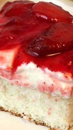 Strawberry Dream Sub for danish dessert is sugar, 4 TB cornstarch, unsweetened koolaid, & cold water. Boil til thick, cool & add fruit 13 Desserts, Desserts Sains, Dessert Recipes, Alcoholic Desserts, Food Cakes, Cupcake Cakes, Cupcakes, Strawberry Desserts, Strawberry Danish Dessert Recipe