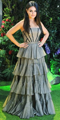 Kunis made a romantic turn in Alexander McQueen's tiered design at the European premiere of Oz: The Great and Powerful.