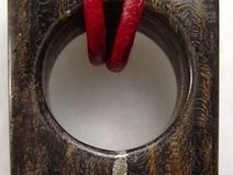 Kettenanhänger aus Holz mit Silber