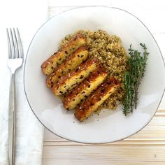 This Herb-Baked Tempeh is good enough to have a place on your vegan Thanksgiving and/or holiday table. It's marinated in apple cider vinegar + maple syrup and baked with fresh thyme + sage. Served with thyme-herbed quinoa. Found on The Grateful Grazer.