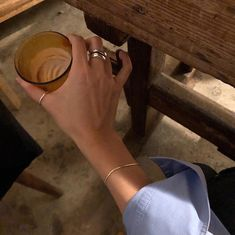 Blue Aesthetic Pastel, Brown Aesthetic, Newt Scamander Aesthetic, Blonde Hair Honey Caramel, Choker, Fashion Model Poses, Spencer Hastings, Pretty Hands, Jewelry Photography