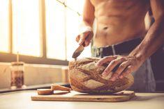 Όλοι αγαπάμε το καλό σπιτικό ψωμί, γι' αυτό θα μοιραστούμε μαζί σας γνώσεις, εμπειρία και τα μυστικά που θα σας κάνουν εξπέρ στο ζύμωμα.