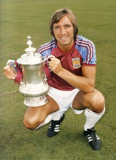 FA Cup winning Captain and all round West Ham legend The Great Billy Bonds.