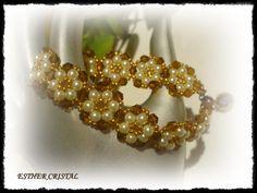 ESTHER CRISTAL: Flower-in-flower bracelet de Diana Balogh