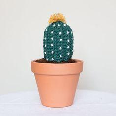 Unsterbliche Ferocacto Kaktus gehäkelt. Amigurumi