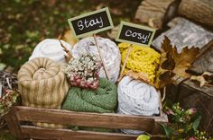 Blankets Woodland Boho Wedding Ideas http://www.karenflowerphotography.com/