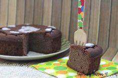 Bizcocho de calabacín y chocolate (sin harina, sin lácteos, sin azúcar)