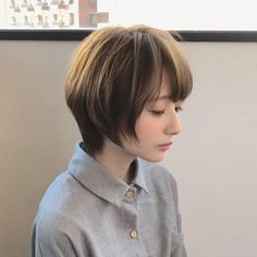 Round Face Haircuts, Short Pixie Haircuts, Curly Bob Hairstyles, Hairstyles For Round Faces, Short Hairstyles For Women, Girl Hairstyles, Asian Short Hair, Girl Short Hair, Short Hair Cuts