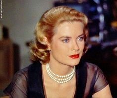 Grace Kelly in Rear Window ♥
