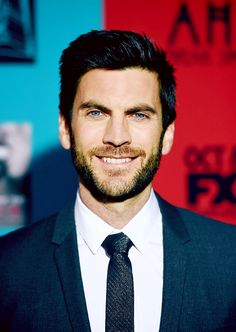 Wes Bentley as Edward Mordrake on Freak Show...he's so attractive!