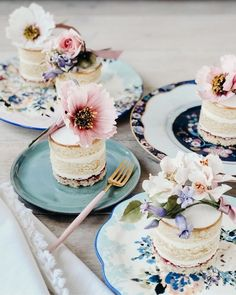 We're scrapping traditional wedding cakes for these beautiful little bite size pieces. The combination of pastel florals and cakes.. whats not to love!