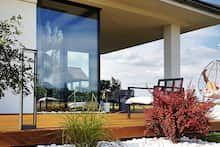 Dom w bodziszkach Bungalow House Design, Modern House Design, Farmhouse, Windows, Outdoor Decor, Zimbabwe, Home Decor, Templates, Country Houses