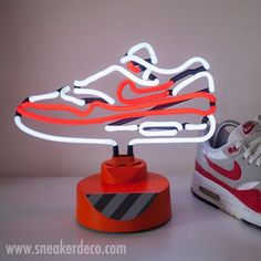 new product 05082 ac295 lampe neon nike air max-1 Tenis, Nike Neón, Nike Air Max,
