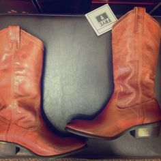 Frye Carson Pull on Burnt Red Boots. New without most of the tags. These were store displays. They come with the box. Rich in color, burnt red to wear for every season. Frye Shoes Heeled Boots