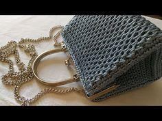 """VIDEO TUTORIAL Pochette """"STAR"""" Punto CANESTRO Allungato INCROCIATO / Mel C Bags Handmade - YouTube Crochet Clutch Pattern, Crochet Clutch Bags, Crochet Wallet, Crochet Handbags, Crochet Patterns, Crochet Bag Tutorials, Crochet Videos, Tutorial Pochette, Crochet Boarders"""