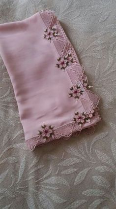 This Pin was discovered by Naz Hand Work Embroidery, Embroidery Applique, Embroidery Stitches, Embroidery Patterns, Machine Embroidery, Crochet Patterns, Embroidery Suits, Dress Patterns, Thread Crochet