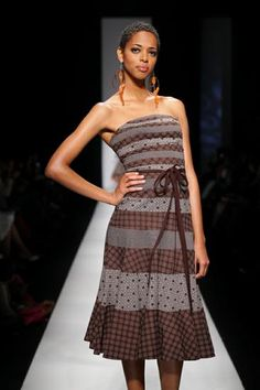 African Inspired Fashion, Africa Fashion, Shweshwe Dresses, African Design, African Dress, Modest Outfits, Couture, Gorgeous Women, Blouse Designs