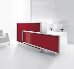 Foro Modern Reception Desk Can be configured in various forms Available in a variety of modules and colors Wide working table Illuminated high gloss surface Beautiful HPL front Horizontal slats made of aluminum Desk top made of tempered white glass LED lighting under the upper desk top and at the counter base