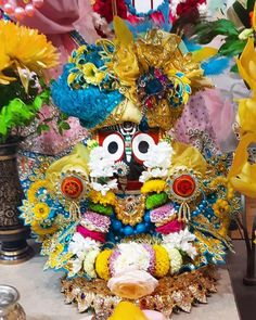 ॐ विश्वरूपेण जगन्नाथाय नम: 🙏 #Jaijagannath #lordjagannath #Jagannath #JagannathPuri #orissa #odhisa #odishatourism #radhekrishna #rathyatra #bhakti #radhe #haribol #krsna #kanha #odia #LordAnanta #bhagwat #krishna #harekrishna #iskcon #KrishnaTemple #vrindavan #radha #Krishna #BhaktiSarovar Krishna Temple, Shree Krishna, Radhe Krishna, Rath Yatra, Lord Jagannath, Halloween, Spooky Halloween