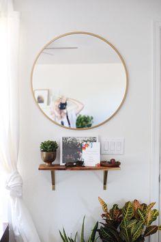 A simple, DIY entryway! || Chelsea-Bird.com