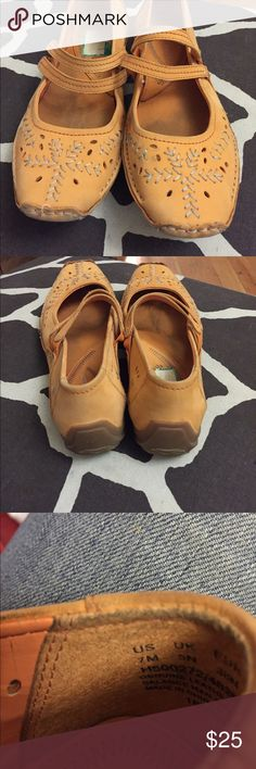 Hush puppies, tangerine in color Hush puppies, tangerine in color. Very well made and great for your feet. Hush Puppies Shoes Flats & Loafers