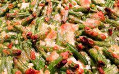 Grüne Bohnen mit Parmesan und Knoblauch. Und Speck!