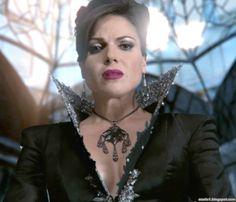 ouat-evil-queen-outfits-1x07-1-01.jpg (839×720)