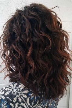 Fun and Fresh Hairstyles for Medium Hair That You Will Absolutely Want to Try ★ See more: http://lovehairstyles.com/fun-hairstyles-for-medium-hair-to-try/