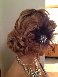 easiest way to create a 1920`s hair style for long hair - Google Search